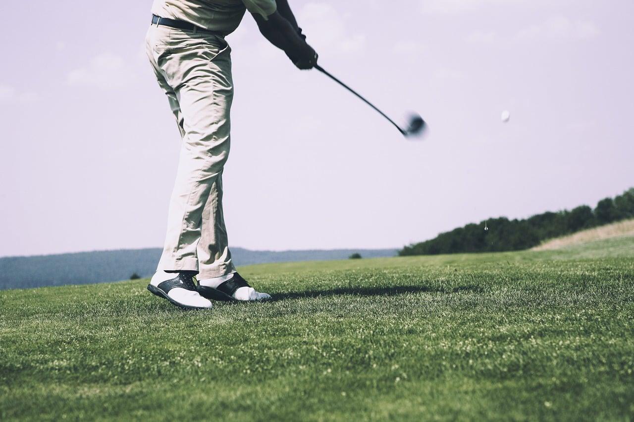 Pratiquer ses sports favoris de chez soi grâce à la technologie RV.