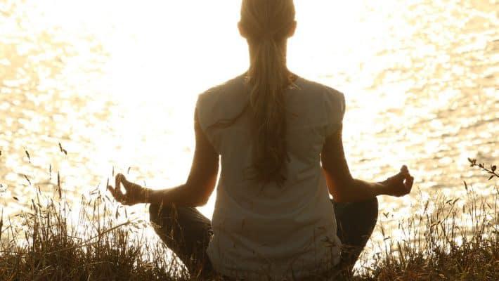 Le yoga, un moyen efficace de se mettre au sport ?